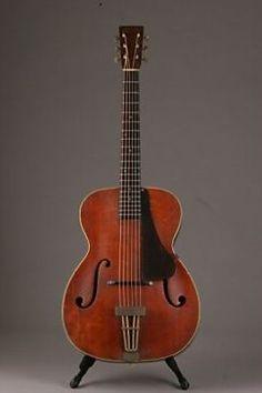 Vintage Archtop Guitar 1941 MartinC1