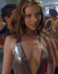 Next up is Michelle Trachtenberg. Michelle is extremely sexy and her tits…well, they're alright. Michelle Trachtenberg, Georgina Sparks, Beautiful Celebrities, Beautiful Actresses, Beautiful Women, Gorgeous Lady, Non Blondes, 90s Girl, Brenda Song