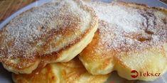 Nejlepší hrnkové těsto na lívance: Potřebujete jen 1 hrnek, 2 jablka a základní přísady – doporučuji zdvojnásobit dávku! Always Hungry, Kefir, What To Cook, Cakes And More, Crepes, Pancakes, Food And Drink, Menu, Yummy Food