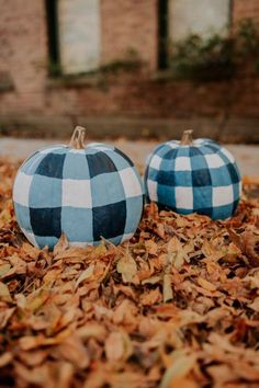 210d040e6 Blue gingham pumpkins. Creative pumpkin decorations that go beyond the  traditional jack-o'