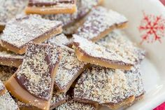 Easy to make and perfect for gifting, Old Fashioned English Toffee dusted with grated almonds - a family favorite for generations! Easy Christmas Candy Recipes, Christmas Desserts, Christmas Baking, Christmas Cookies, Christmas Treats, Holiday Candy, Christmas Foods, Holiday Treats, Christmas Stuff