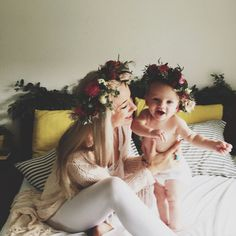 Flower crowns for momma and baby girl Cute Kids, Cute Babies, Baby Kids, Baby Baby, Little People, Little Ones, Bebe Love, Little Presents, Baby Family