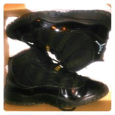 "Jordan *GAMMAS* Size:25Youth...100% AUTHENTIC! These are....YESS!???????????? The Fresh, The Krisspp, The Most Amazing Sneakerrr!...In the WORLD! LoL.....Jordan *GAMMAS* ???? BRAND NEW!! Worn LITERALLY????1 Time! Indoors! On Christmas Day:) for about....10 Minutes! LoL...Half a Size Too Small for My Son:/ SUXX! These are a Size:2Youth Boys! And...YESS!!????They are 100% AUTHENTIC/REALL! LoL, no need 2 ask? I Don't Sell...""Fakes"" ???? These Have Been...DEADSTOCK! For, Months Now! Beautiful…"