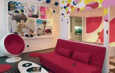 Colorfully designed apartment in the hungarian capital city #budapest #citytrip #amazingplacetostay