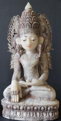 18th Century Burmese Royal King Alabaster Crown Buddha Statue