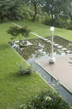 Pond Small Yard Design, Pictures, Remodel, Decor and Ideas. When I create my aquaculture it will look like one of these.