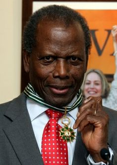 Sidney Poitier awarded Commander in the Order of the Arts, Cannes