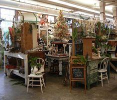 Antique booth displays, antique show, antique stores, flea market displays, Craft Show Booths, Craft Booth Displays, Booth Decor, Shop Window Displays, Store Displays, Display Ideas, Flea Market Displays, Antique Booth Displays, Antique Mall Booth
