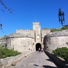D'Amboise gate, one if the many entrances into the amazing medieval old city of Rhodes. Greece Holidays, Old City, Rhodes, Mount Rushmore, Gate, Entrance, Medieval, Villa, Mountains