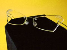 unique rimless eyewear | Leggerissimi #rimless #eyewear #fashion #eyeglasses