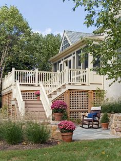 Traditional Porch Decks with Lattice Ideas: Beautiful Vintage House Using Decks With Lattice And Green Landscape ~ moldse.com Decorating Ins...