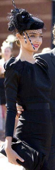 Miranda Kerr ♥✤ | KeepSmiling | BeStayClassy