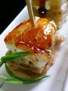 Party Finger Foods, Food Decoration, Canapes, Flan, Hamburger, Catering, Buffet, Food And Drink, Appetizers