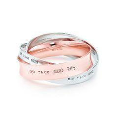 Tiffany 1837™ interlocking circles bangle in Rubedo™  metal and silver, medium.