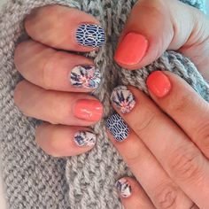 For the super fun mixed mani lover! Tiki Hut and Mad Mod wraps with Crushing on Coral Trushine. ❤️ Jamberry! So fun for spring and summer
