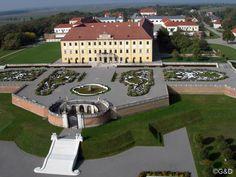 Schlosshof - Austria Lichtenstein Castle, Maria Theresia, Salzburg, Palaces, Villas, Austria, Castles, Scotland, Medieval