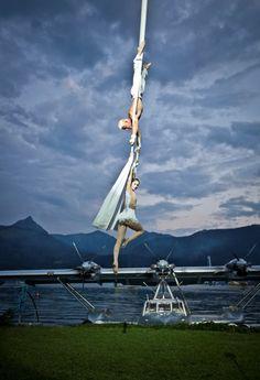 Tuchartistik Flying Opera Scalaria-®MirjaGeh_225 Statue Of Liberty, Opera, Challenges, Celebrities, Travel, Liberty Statue, Celebs, Opera House, Viajes
