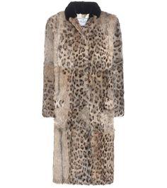 Manteau en fourrure de chèvre façon léopard et col en vison noir