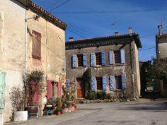 Saint Michel de Lanès... C'est dans l'Aude.. à 39 Kms de Toulouse.France