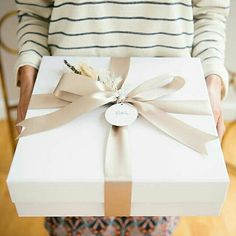 Gift Guide: The Winter Wedding Edit — Memento & Muse Baby Gift Box, Baby Gifts, Spa Gifts, Christmas Gift Wrapping, Christmas Gifts, Gift Wraping, Wedding Welcome, Gift Packaging, Creative Gifts