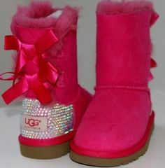 Super Cute!!Sparkly Ugg Boots Some less than $85 Free shipping now uggcheapshop.com cheap ugg boots for Christmas gifts. lowest price. must have!!!