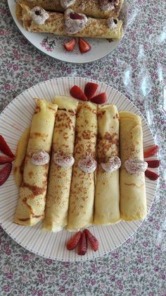 Griddle Cakes, Crepe Cake, Salty Snacks, Hungarian Recipes, Pancakes And Waffles, Winter Food, Baking Recipes, Food And Drink, Yummy Food
