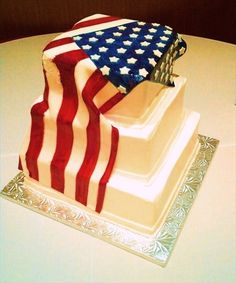 Elizabeth & Mike - 6.16.12 - American Flag wedding cake. #MilitaryWedding #Patriotic #Flag