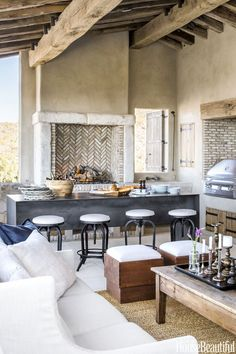 Modern Kitchen Design This Rustic Arizona Kitchen Feels Like You're In the French Countryside - Scottsdale Kitchen Redefines Rustic Charm - Wait until you see the stunning stonework. Home Interior, Interior Design Kitchen, Luxury Interior, Küchen Design, House Design, Design Ideas, Built In Grill, Outdoor Kitchen Design, Backyard Kitchen