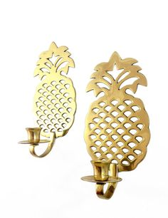 Hey, I found this really awesome Etsy listing at https://www.etsy.com/listing/187924429/vintage-brass-pineapple-sconces-gold