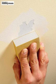 Best-Kept Secrets of Professional Painters Learn how to paint like a pro and get great ideas for how to get a perfectly smooth and even paint job. Painting Tips, House Painting, Home Improvement Projects, Home Projects, Home Improvements, Home Renovation, Home Remodeling, Home Fix, Diy Home Repair