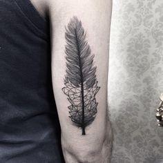 Prna do Antônio, muito obrigada! #leather #leathertattoo #tattoo2me #blxckink #idotwork #dotworktattoo  #blackworkerssubmission #darkartists  #btattooing #blacktattooart #blackwork  #tattooistartmagazine #blacktattoomag #tattooculturemagazine #onlyblacktattoos  #tattoo #tatuagem #sketch_daily #equilattera #inkedmag #tattrx #inkstinct #tattooinkspiration #insanetattoos #tattoodo  #thebesttattooartists  #art #art_collective #arts_help #delicatetattoo