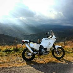 Rallye Paris Dakar, Mopeds, Trail, Motorcycles, Elephant, Therapy, Bike, Explore, Adventure