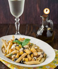PASTA FREDDA CON PESCHE FETA E OLIVE facile, gustosa e perfetta da preparare in anticipo! Olive, Estate, Feta, Vegetables, Blog, Veggie Food, Vegetable Recipes, Veggies