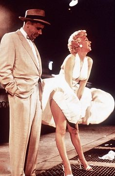 Marilyn Monroe and Tom Ewell 'The Seven Year Itch' 1955 subway Marilyn Monroe and Tom Ewell 'The Seven Year Itch' 1955 su… Robert Mapplethorpe, Annie Leibovitz, Classic Hollywood, Old Hollywood, Richard Hamilton, Marilyn Monroe Fotos, Marilyn Monroe Portrait, Marilyn Moroe, Pin Up Girls