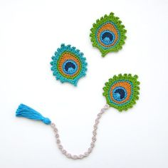 Crochet PATTERN Peacock Feather BOOKMARK and by TheCurioCraftsRoom