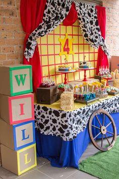Toy story / cowboy & cowgirl birthday party ideas in 2019 Woody Birthday Parties, Woody Party, Cowboy Birthday Party, Cowgirl Party, Birthday Table, Toy Story Birthday, 3rd Birthday, Birthday Ideas, Pirate Party