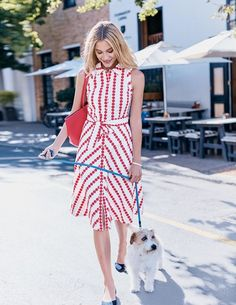 Poolside cocktails. City heat waves. This cotton shirt dress takes them all in its stride. Plus the full skirt (that falls below the knee) and adjustable waist-nipping belt gives the ultimate retro silhouette. More brilliant news: it has pockets.