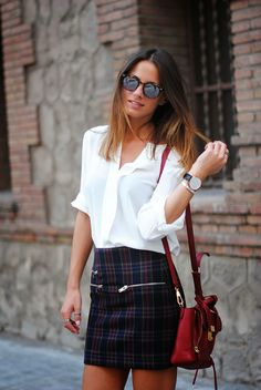 Bag: Phillip Lim, Skirt: Zara, Shirt: Purificacion Garcia, Sunglasses: Spektre