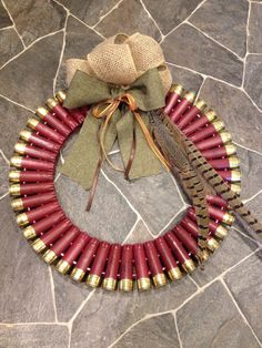 12 gauge shotgun shell wreath by Rosemattie on Etsy Shotgun Shell Art, Shotgun Shell Wreath, Shotgun Shell Crafts, Shotgun Shells, Ammo Crafts, Hunting Crafts, Diy Crafts, Bullet Casing Crafts, Bullet Crafts
