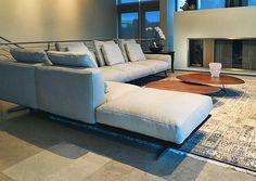#flexform #flexformny #newyork #home #interior #interiordesign #design #furniture #luxuryfurniture #sectional #sofa #couch #modern