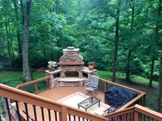 Concord outdoor fireplace on low-maintenance deck - Outdoor Fireplaces and Firepits Photo Gallery Rustic Outdoor Fireplaces, Outdoor Fireplace Designs, Fireplace Ideas, Faux Fireplace, Landscaping Around Deck, Outdoor Landscaping, Outdoor Deck Decorating, Backyard Fireplace, Outdoor Stone