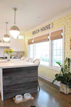 Coastal Living Eclectic Beach House Tour - Nesting With Grace Beach Cottage Style, Beach Cottage Decor, Coastal Cottage, Coastal Style, Coastal Living, Coastal Decor, Beach House Tour, Style At Home, Nautical Home