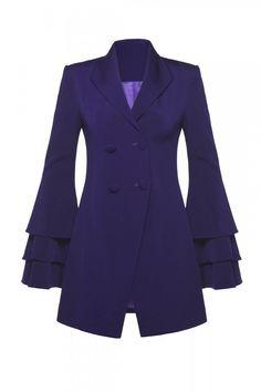Begüm Baccal Frilled Double-Breasted Jacket ile tarzını ve şıklığını tamamla, modayı keşfet. Birbirinden güzel Ceket modelleri Lidyana.com'da!