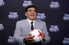 """Maradona, contra todos: """"Voy a limpiar la AFA y si tengo que pisar cabezas lo haré""""   Cada vez que habla Diego Armando Maradona el mundo del fútbol se paraliza. Y en esta ocasión, disparó contra todos. Con el aval del presidente de... http://sientemendoza.com/2017/01/10/maradona-contra-todos-voy-a-limpiar-la-afa-y-si-tengo-que-pisar-cabezas-lo-hare/"""