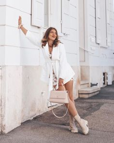 """Anaïs Indra on Instagram: """"Happy easter 🤍🐰 Hope you had a lovely day 🤍 . #anaisindra #happyeaster #easter #easterweekend #swissgirl #braziliangirl…"""" Brazilian Girls, Easter Weekend, Hope You, Happy Easter, White Dress, Day, Blog, Instagram, Fashion"""