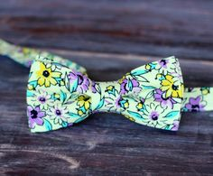 Boys Floral Gentle Yellow Cotton Bow Tie, bowtie in infant, toddler, child, and preteen sizes, pre-tied and adjustable - pinned by pin4etsy.com