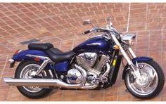 Honda VTX1800- Cycle World's Best Used Bikes