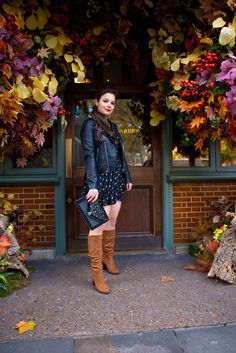 Modern city girl outfit - tan boots, mini dress, black moto jacket, envelope purse, outfit for spring or fall Spring Fashion Outfits, Girl Outfits, Holiday Fashion, Autumn Fashion, Looking For A Job, Living In New York, Beautiful Dream, Ups And Downs, Petite Women