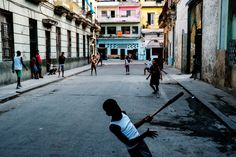 Street Photography In Cuba with the Fuji X-Pro2