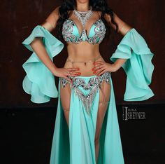 Belly Dancer Costumes, Belly Dancers, Dance Costumes, Egypt Fashion, Belly Dance Outfit, Lingerie Models, Dance Outfits, Hobbies, Formal Dresses